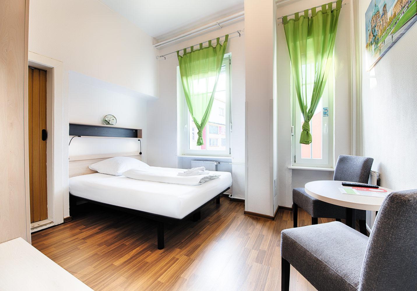 HOTEL_B1_A29_1BETT_1_klein